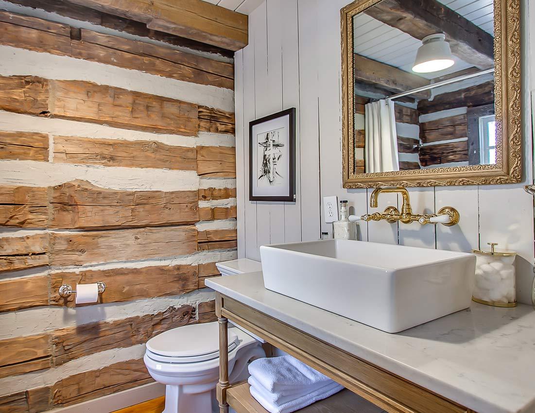 whites centerhill lake cabins bathroom