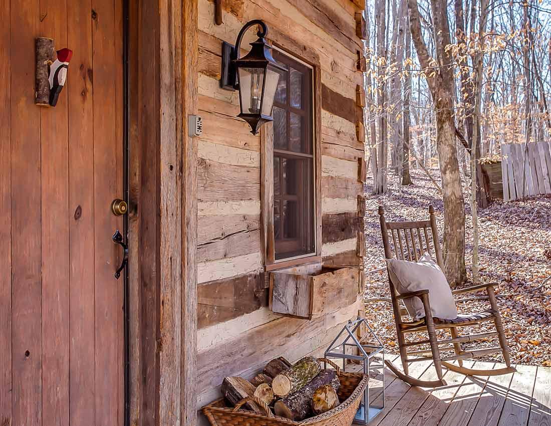 whites centerhill lake cabins entrance