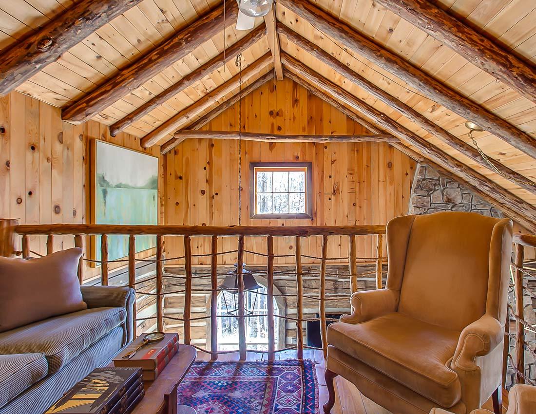 whites centerhill lake cabins upstairs